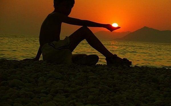 เด็กน้อย กับดวงอาทิตย์
